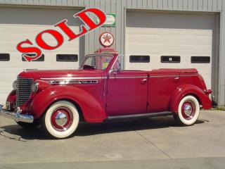 1938 CHRYSLER ROYAL 4 DOOR CONVERTIBLE SEDAN